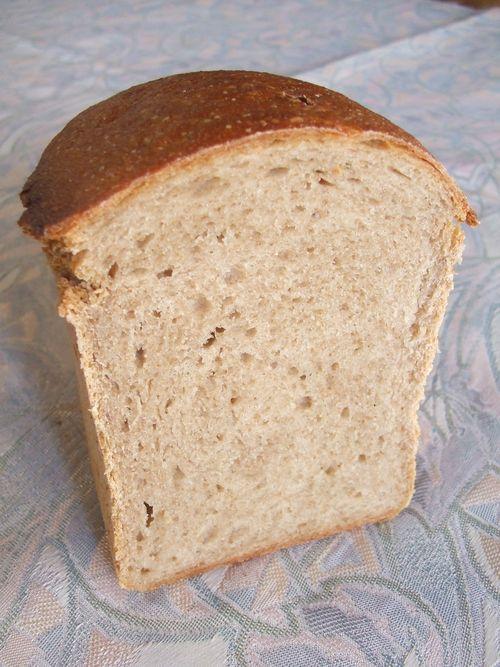 ライ麦の山型パン